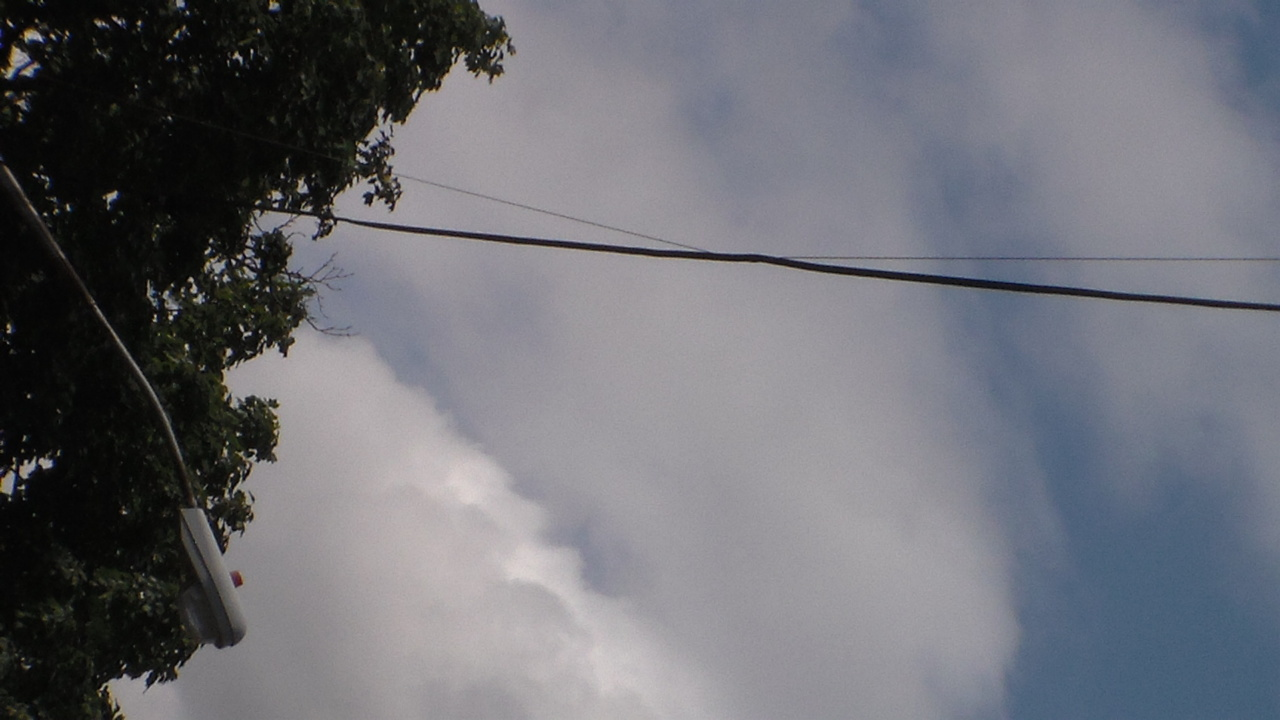 Eruv Wire caught on a different wire